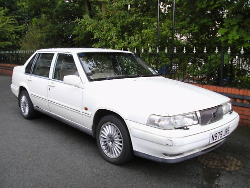 Big White Volvo 960